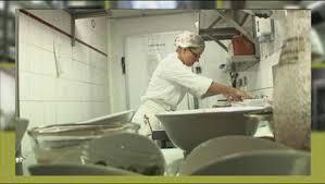 commis de cuisine en anglais guide des métiers accor commis de cuisine webtv hôtellerie