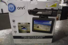 Kitchen Tv Under Cabinet by Onn Ona16av011 Under Kitchen Cabinet Tv Dvd Player 10