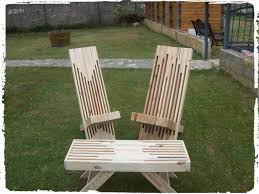 Pallets Patio Furniture by Modern Stacked Pallet Patio Set U2022 1001 Pallets