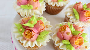 multicolored flowers with your russian piping tips how to
