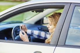 how texting and driving increases st louis car crash risk