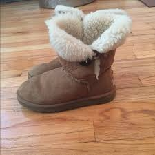 s ugg bailey boots 77 ugg shoes authentic ugg s n 5803 bailey button boots sz