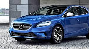 brand new volvo 2017 volvo v40 and v40 cross country facelift revealed