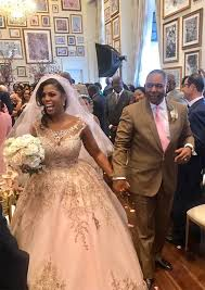 say yes to the dress black wedding dress omarosa gets married at hotel see wedding dress e