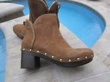 ugg womens lyla boots charcoal ugg australia womens size 9 serape style ankle boots in charcoal