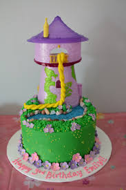 tangled birthday cake 25 best birthday cakes images on tangled birthday