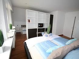 trennwand schlafzimmer schlafzimmer mit raumteiler kogbox