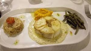colin cuisine colin fish in tarragon sauce picture of la peniche homps