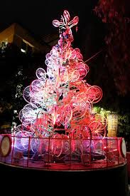 Cheap Christmas Decorations Australia 25 Best Crazy Christmas Decorating Images On Pinterest Christmas