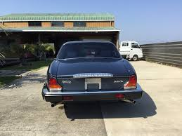 lexus sedan autotrader daimler double six with only 54000 klm auto trader imports