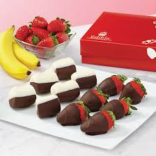 dipped fruit baskets edible arrangements fruit baskets chocolate dipped bananas