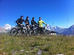 mountain bike instructors