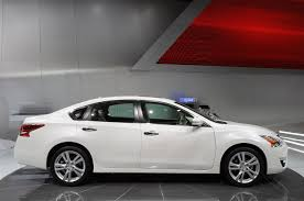 nissan altima 2013 gas mileage nyias 2013 nissan altima debuts does 38 mpg hwy and priced from