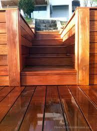 jacuzzi bois exterieur pour terrasse escalier marches bois sur mesure de terrasse en hauteur balcon perron