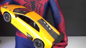 Lamborghini Murcielago 4x4 - real life super hero spiderman unboxes yellow lamborghini