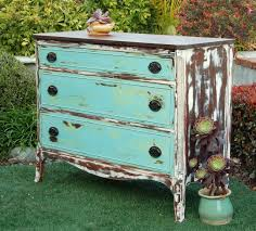 How To Build A End Table With Drawer by Best 25 White Distressed Dresser Ideas On Pinterest Painting