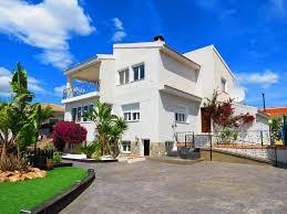 5 bedroom 3 bathroom villa in ciudad quesada rojales only