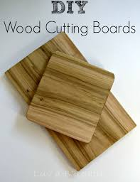 Simple Wood Projects For Gifts by Best 25 Diy Cutting Board Ideas On Pinterest Diy Wood Projects