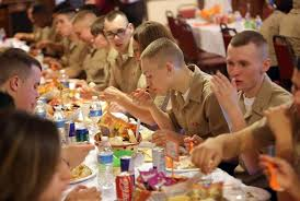 navy recruits celebrate thanksgiving with veterans in arlington