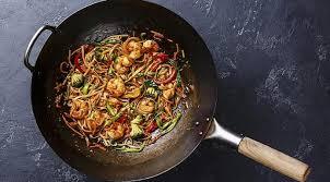 comment cuisiner au wok cuisine au wok 9 conseils avant de commencer