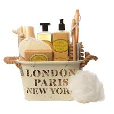 new york gift baskets favorite gift baskets delivers gifts to island new york and