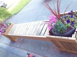 my husband u0027s diy planter bench made from recycled pallets