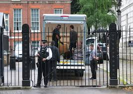 Number 10 Downing Street Floor Plan David Cameron Walks Away From Downing Street With 40k Pension And
