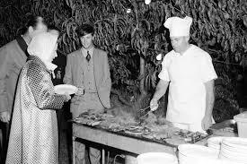 Queen Elizabeth Ii House Queen Elizabeth Ii A Lifetime Of Travel For The Modern Era
