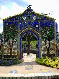 airlie gardens and the bottle chapel wilmington north carolina
