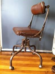 Antique Leather Swivel Chair Vintage Leather Swivel Chair Tan Leather Obsession Pinterest