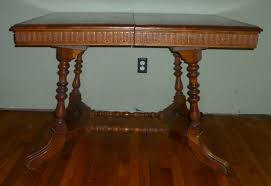 antique oak dining room table w leaves u0026 four straight back chairs