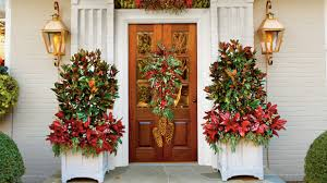 Pictures Of Christmas Decorations Ideas Christmas And Holiday Decorating Ideas Front Doors And Wreaths