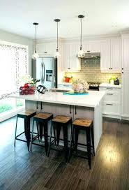 chaise pour ilot de cuisine ilot pour cuisine trendy lot central cuisine fonctionnel u photos