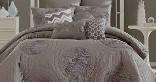 contemporary bedding stores