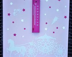 thermomètre mural chambre bébé thermomètre chambre bébé personnalisé thermomètre chambre