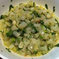 cuisiner des chayottes salade de chayottes à la coriandre recette de salade de chayottes