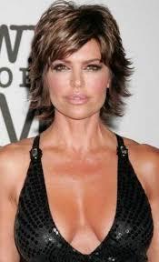 modele coupe de cheveux court femme 50 ans modèle de coiffure pour femme de 50 ans les coupes qui
