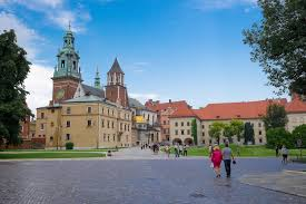 12 reasons why you should visit krakow over warsaw