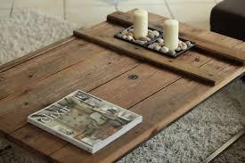 Wohnzimmertisch Holz Diy Selbstgemachter Couchtisch Aus Einer Alten Holztüre Wohn