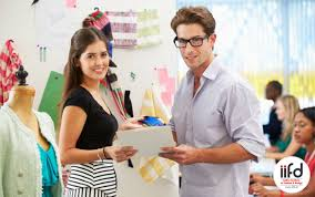 choose a fashion designing diploma course for a successful career