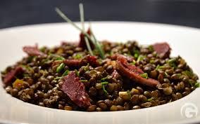 cuisiner les lentilles vertes recette des lentilles vertes du puy et gésiers de canard confits en