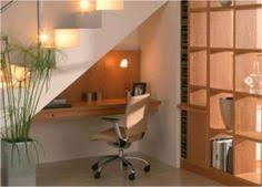 bureau sous escalier bureau sous escalier design intérieur bureau sous