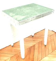 tables rondes de cuisine petites tables rondes de cuisine pites d appoint table socialfuzz me