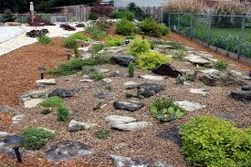 flat landscaping rocks several ides with big and small sizes