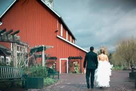 Pickering Barn Events Pickering Barn Wedding Photographs In Seattle Pickering Barn