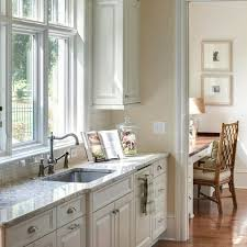antique white kitchen cabinets sherwin williams 55 shea home kitchen ideas shea homes home kitchens