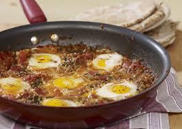 comment cuisiner lentilles oeufs en sauce tomate shakshuka aux lentilles fondation olo