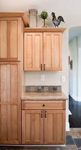 maple cabinets with dark counters mom and dads kitchen maple shaker style kitchen cabinets home pinterest shaker