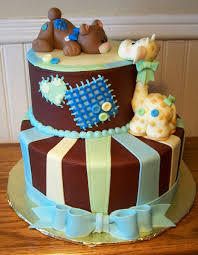 new york themed baby shower with a pregnant statue of liberty baby