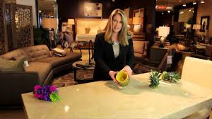 How To Decorate A Table How To Use Real Pineapples As Table Decorations Decorating Your